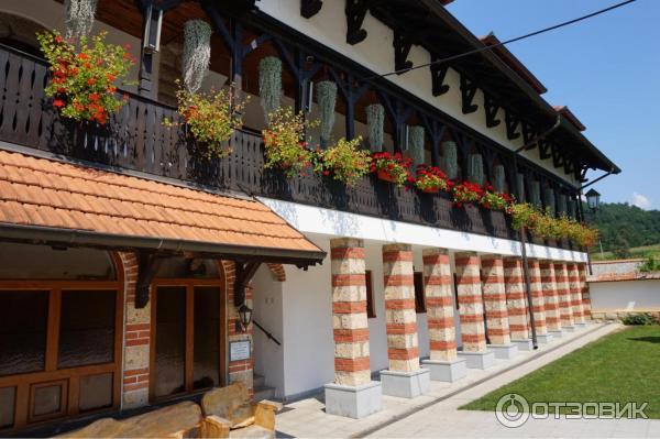 Монастырь Лелич (Сербия, Валево) фото
