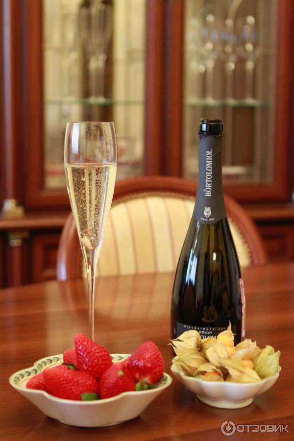 увлажняющая формула фото шампанского с телефона снятое как
