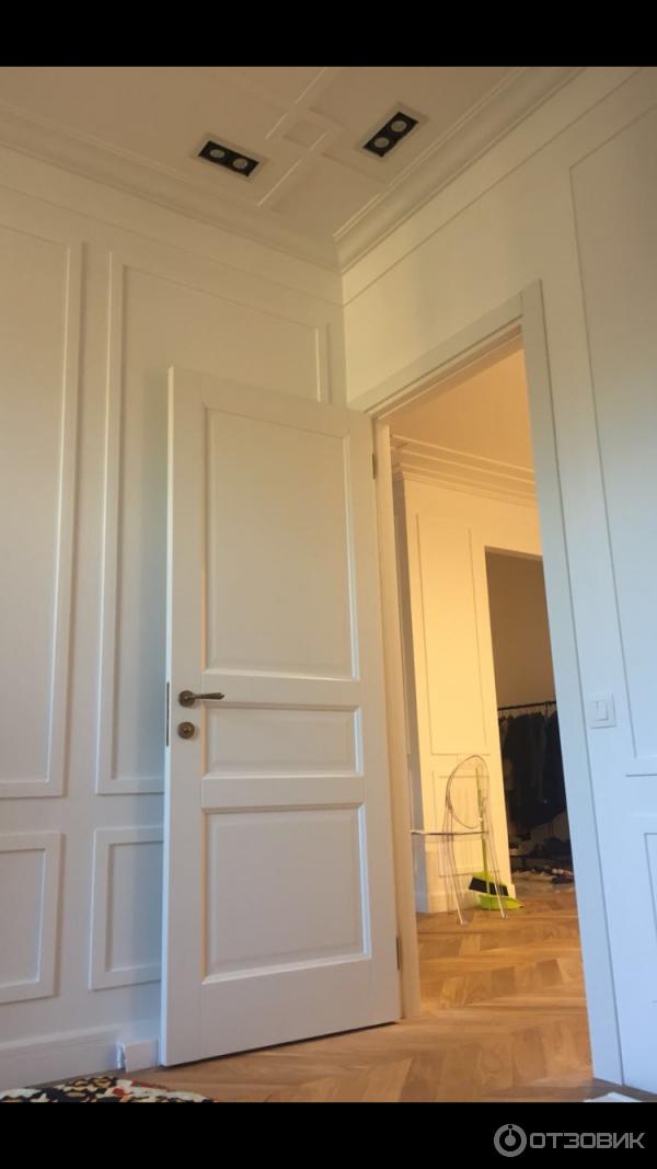 добор на межкомнатную дверь волховец фото днем