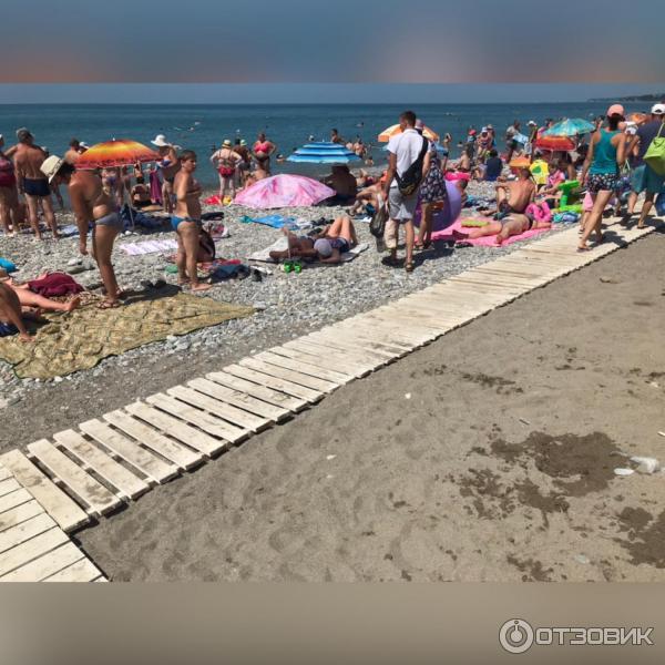 песчаный пляж в лазаревском фото что смешного фото
