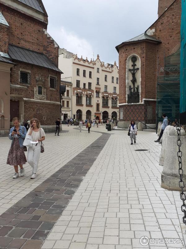 фото разбитых город в польше варка фото близнецов высокие худощавые